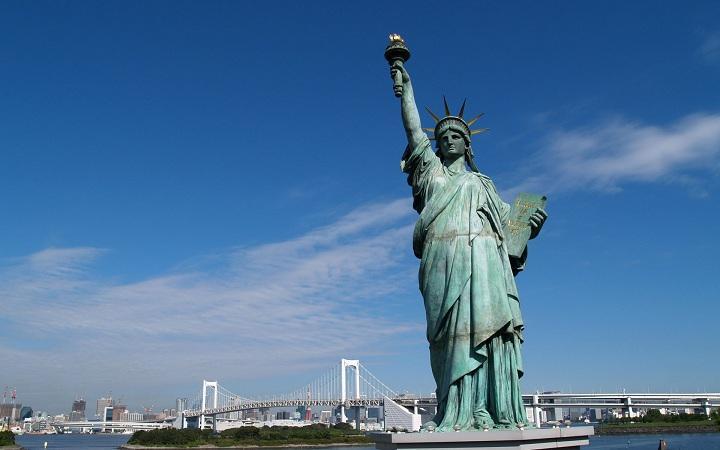 patung di amerika