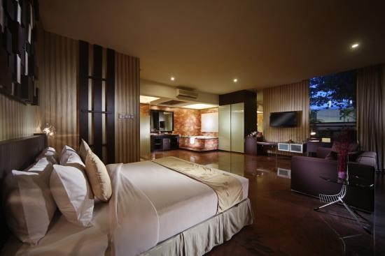 fm resort hotel