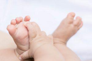 Kemampuan yang Bisa Dilakukan Bayi pada Saat Usia 6 Bulan