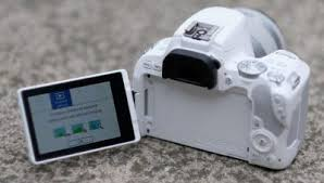 kamera Canon EOS 200D Murah
