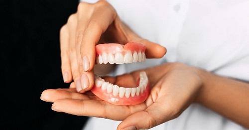 Periksa Gigi ke Dokter